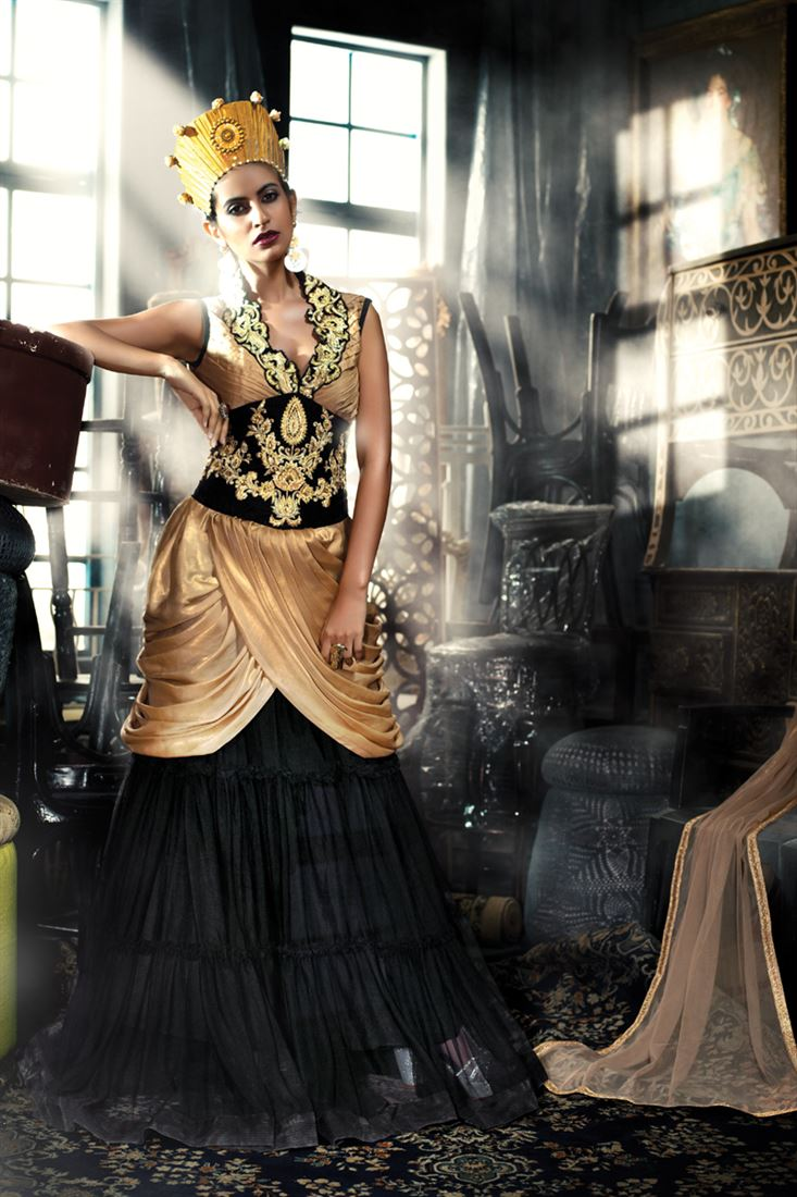 STYLISH GOLDEN BLACK GOWN IN GEORGETTE SATIN